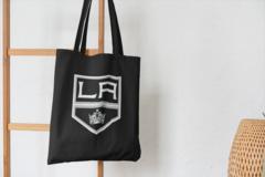 Сумка-шоппер с принтом НХЛ Лос-Анджелес Кингз (NHL Los Angeles Kings) черная 002