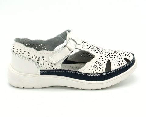 Белые сандали из натуральной кожи на обьемной платформе