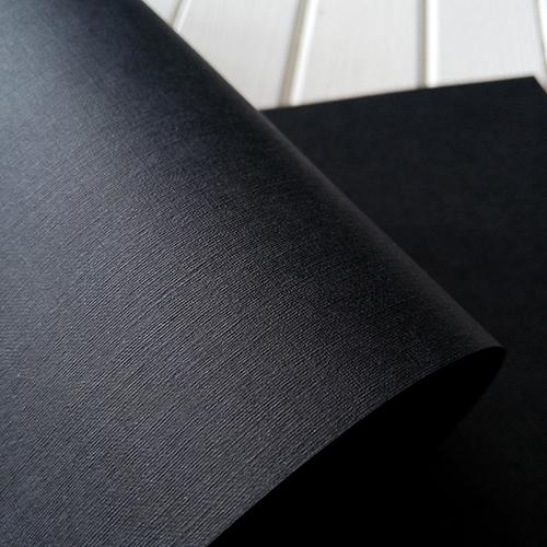 Кардсток с тиснением Лён, 216 г/м2 черный
