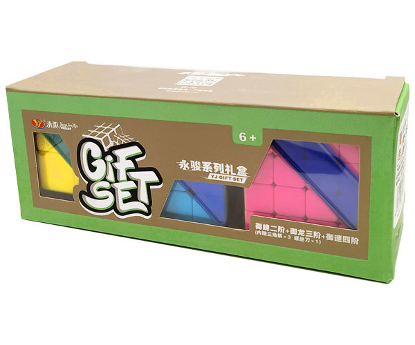 набор из кубиков рубика в упаковке