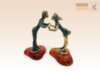 фигурка Целующиеся на янтаре раздельно