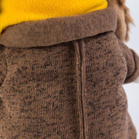 Пес Бартоломей в пальто
