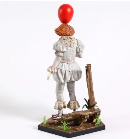 Оно фигурка Пеннивайз с шариком 1