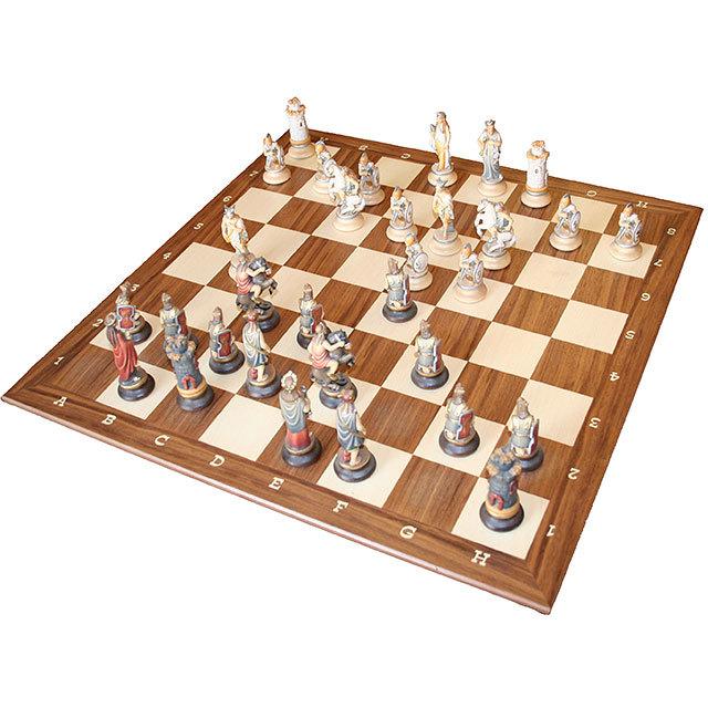 Шахматная доска из Клёна и Ореха