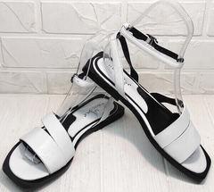 Белые сандали босоножки с ремешком на щиколотке Brocoli H1886-9165-S873 White.