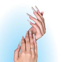 Работа выполнена на арочных формах для моделирования ногтей