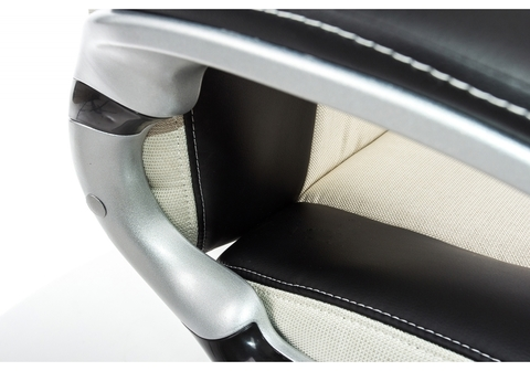 Офисное кресло для персонала и руководителя Компьютерное Navara кремовое / черное 71*71*124 Серый /Черный / кремовый