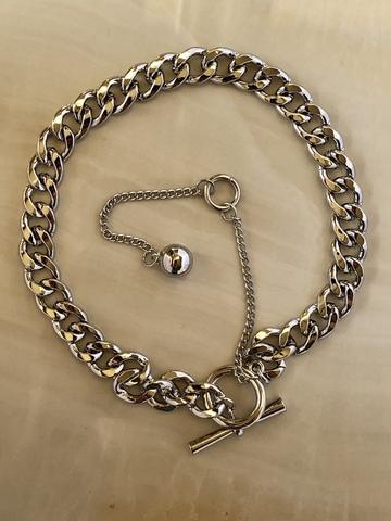 Колье Андро, серебряный цвет