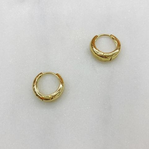 Серьги мини-конго объемные 1 см (золотистый)