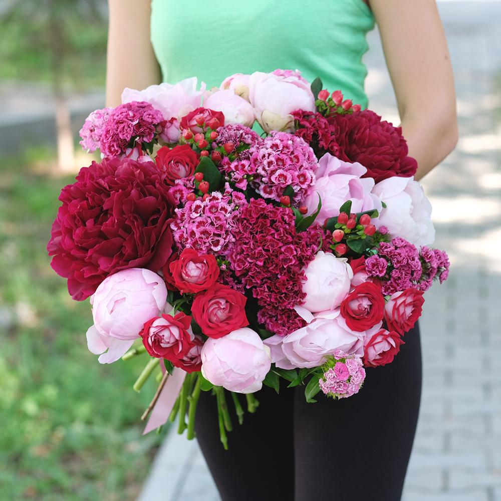 Доставка цветов Пермь купить шикарный букет пионов онлайн