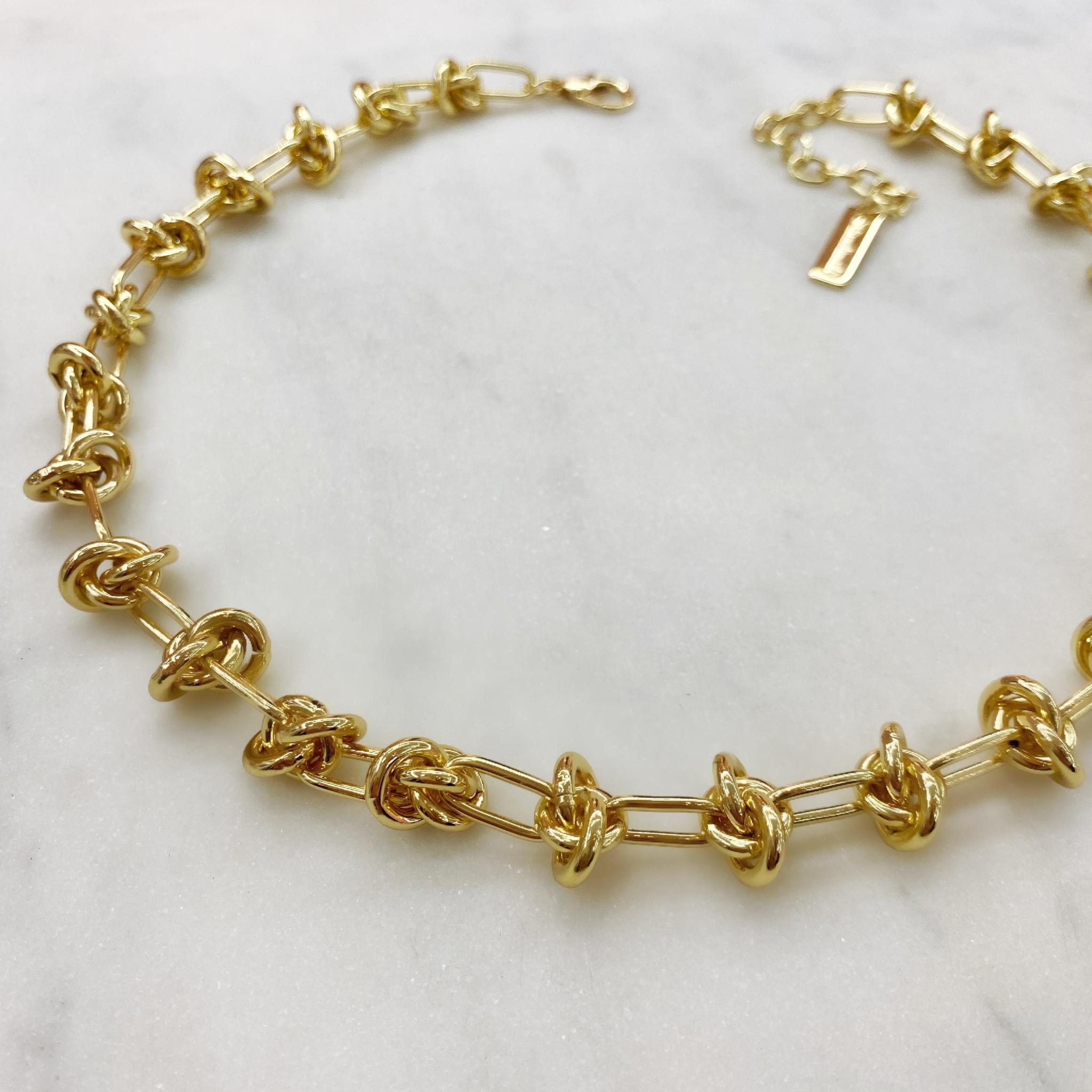 Колье-цепь с узлами (золотистый)