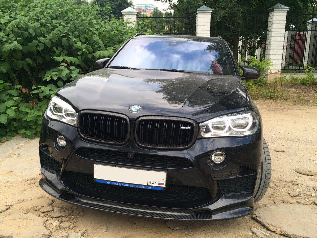 Карбоновый спойлер переднего бампера  для BMW X6M F86