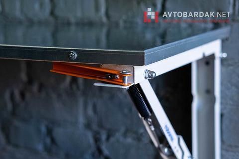 Откидной стол в гараж. Нагрузка 200 кг. Оцинкованная столешница.