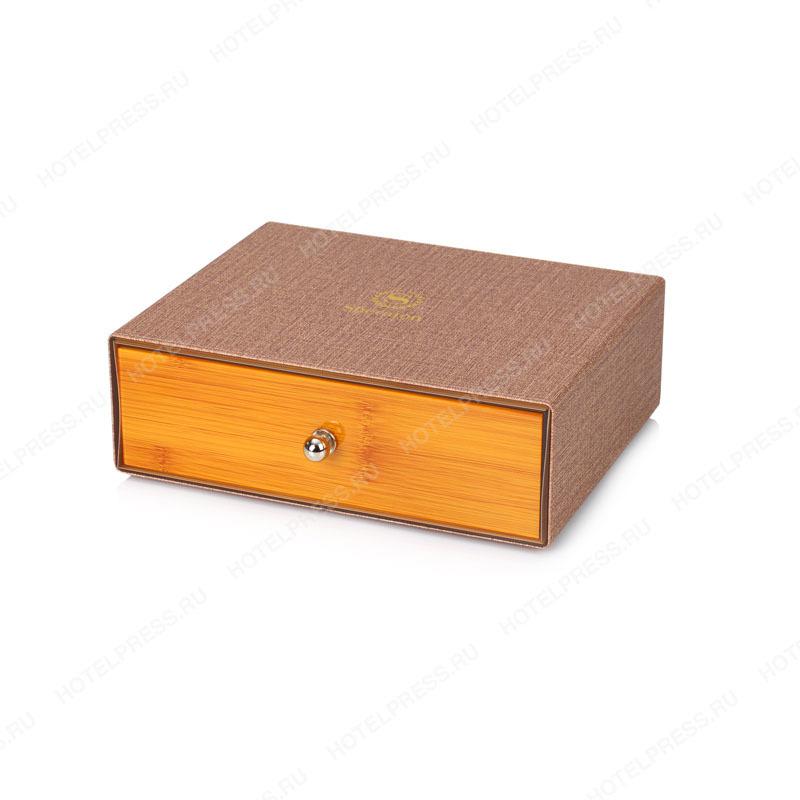 Набор бежево-красный с желткой древесиной