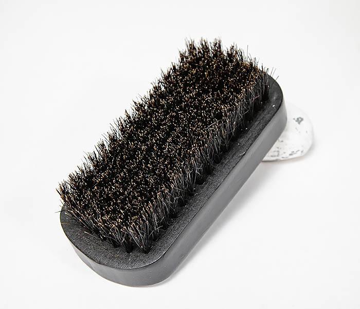 CARE148 Щетка для бороды из дерева черного цвета фото 02