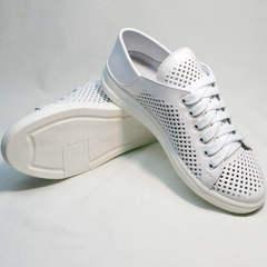 Белые кеды туфли кожаные женские с перфорацией ZiKo KPP2 Wite.