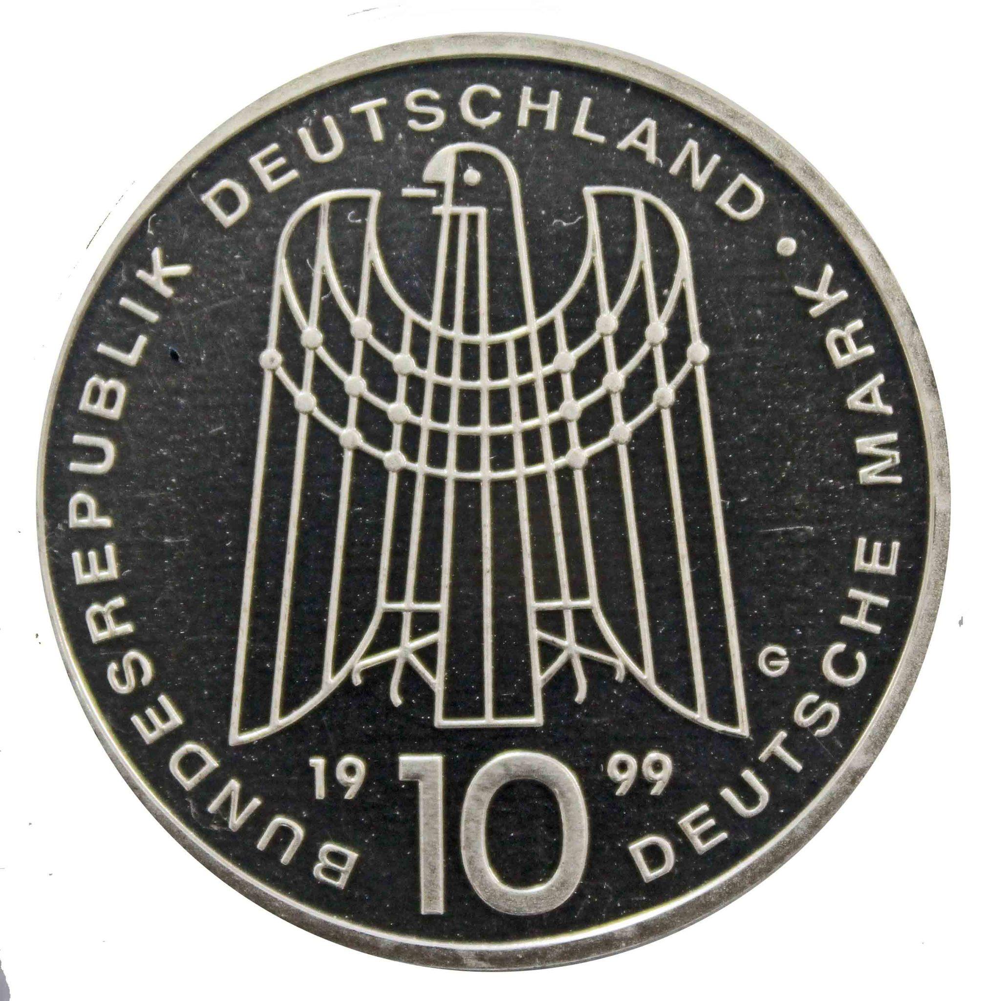 10 марок. 50 лет благотворительной организации по поддержке детей сирот (G). Серебро. 1999 г. PROOF
