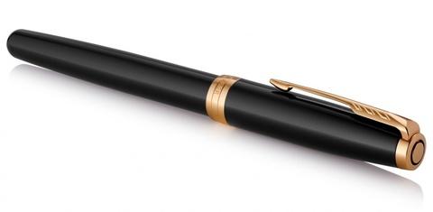 Подарочный набор Parker Sonnet с перьевой ручкой и футляром для карточек  Black GT, перо M, чернила синие123