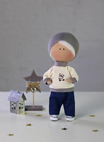 Лялька хлопчик Ніколас. Колекція La Petite.