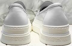 Летние кроссовки на высокой подошве - туфли женские лоферы Derem 372-17 All White.