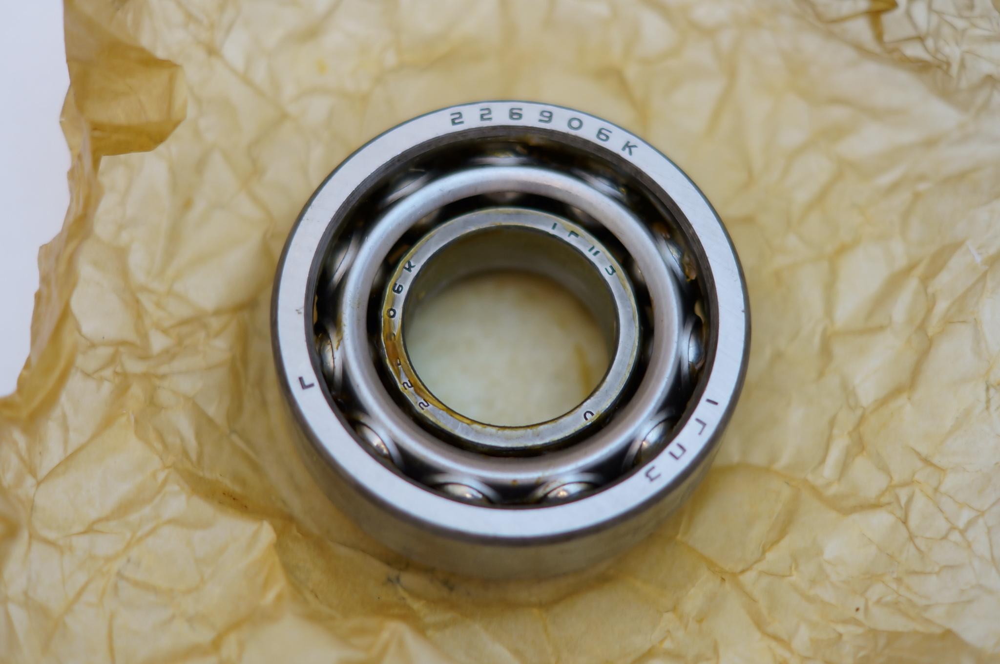 Подшипник ступицы внутренний переднего колеса Газ М20, 21