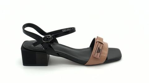 Босоножки из комбинированной кожи на школьном каблуке