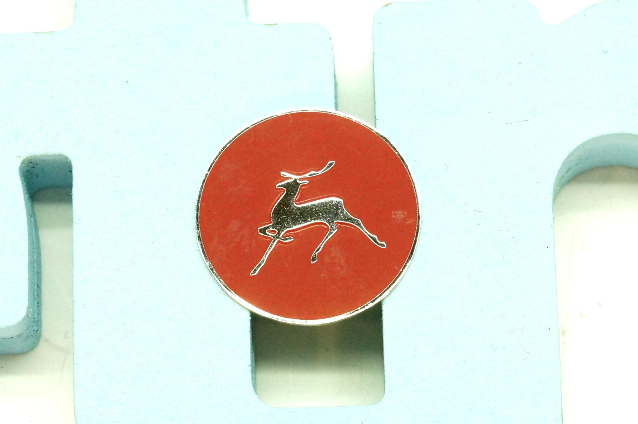 Значок эмблема птички багажника ГАЗ 21 3 серия