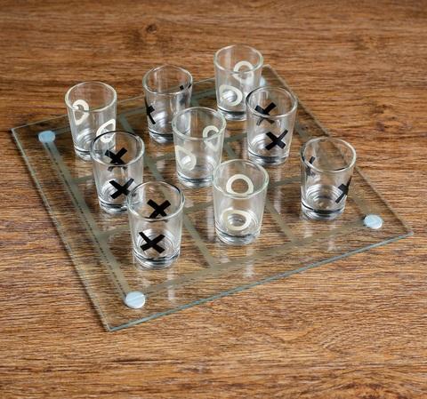Пьяная игра Крестики-нолики 9 стопок, доска 20х20 см