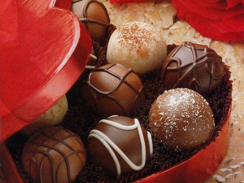 Сердце - бельгийский шоколад в подарочной упаковке