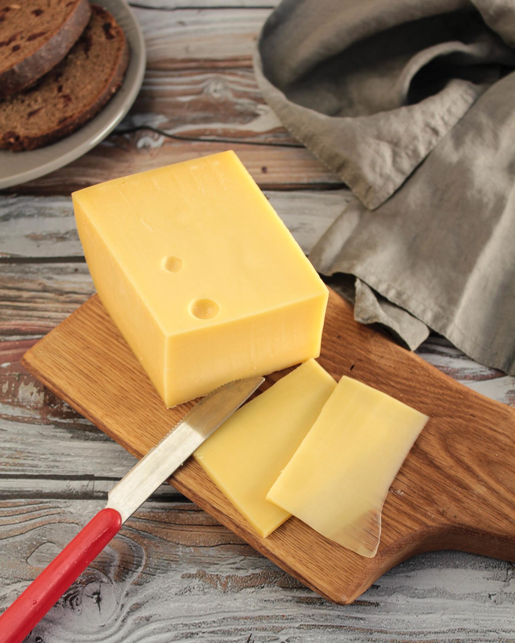 Сыр Швейцарский Чергинский МСЗ, кг