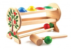Игрушки из дерева Стучалка