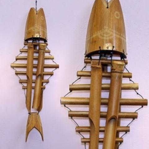 Музыка ветра, бамбук  Рыба