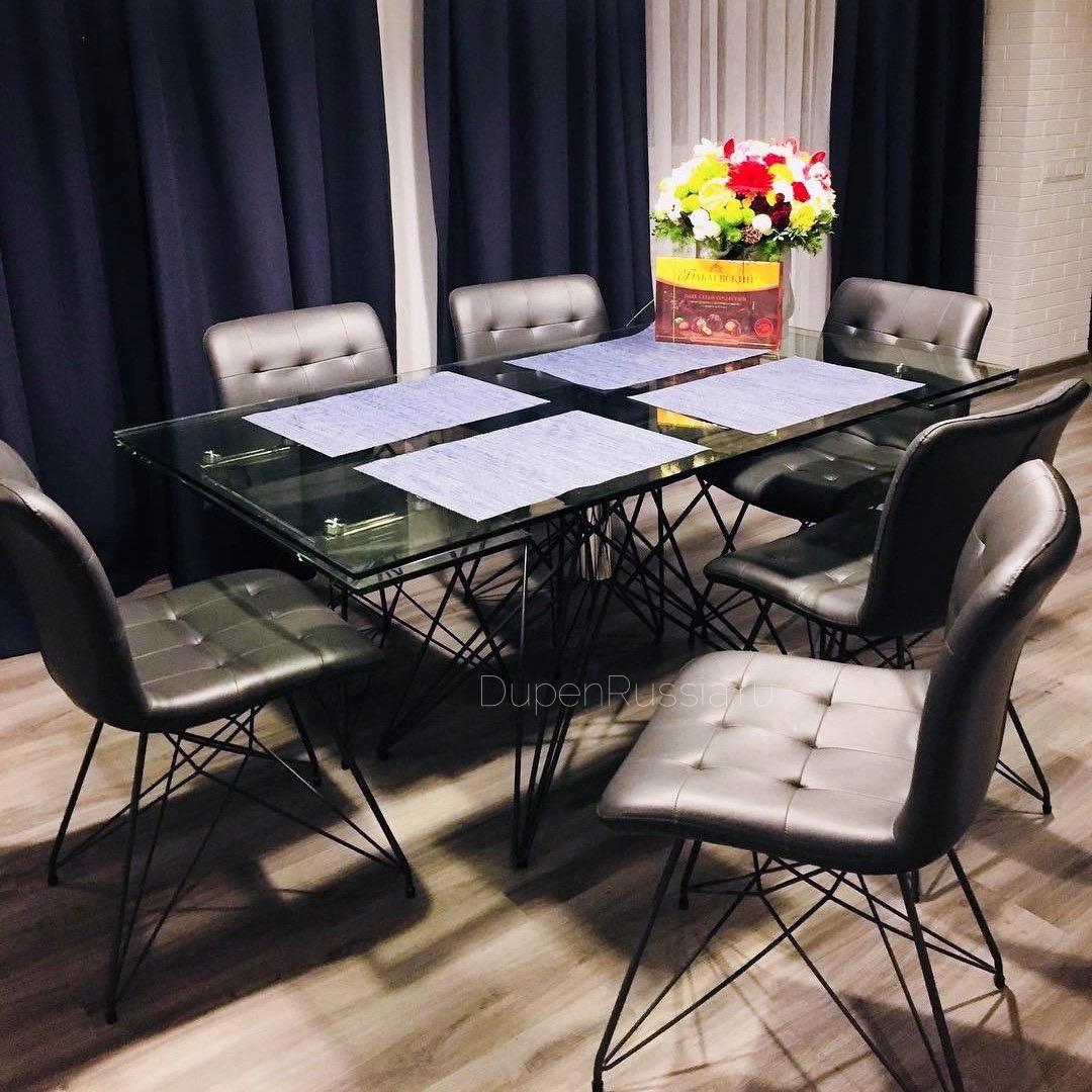 Стол ESF T041 прозрачный и стулья ESF Y170