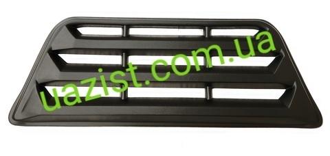 Облицовка радиатора (решетка) Уаз 452, 3303 пластиковая (люкс)