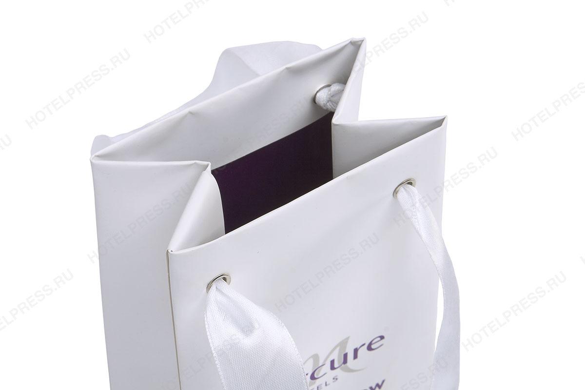 Подарочный пакет с внутренней заливкой
