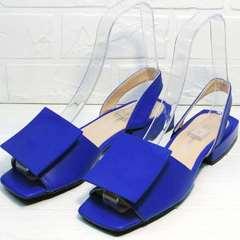 Модные женские сандали открытые босоножки на каблуке 3см Amy Michelle 2634 Ultra Blue.