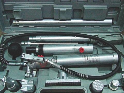 Растяжки гидравлические 4т (набор для кузовных работ) СЕРВИС КЛЮЧ (75051)