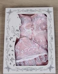 Набор на выписку из роддома Мари розово-белый