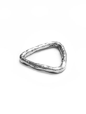 Серебряное кольцо треугольник