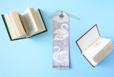"""Закладка для книги """"Лебединая"""""""