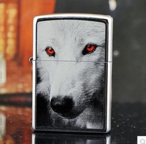 Зажигалка Zippo 28877 Red Eye Wolf