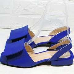 Женские кожаные босоножки синего цвета Amy Michelle 2634 Ultra Blue.
