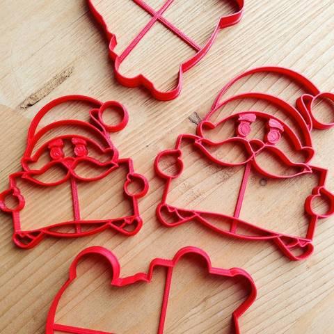 Санта-Клаус с табличкой