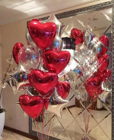 Фонтан из воздушных шаров Сердца в серебре