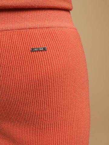 Женская юбка терракотового цвета из шерсти - фото 6