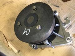 Водяной насос на MAN D2066 (помпа)