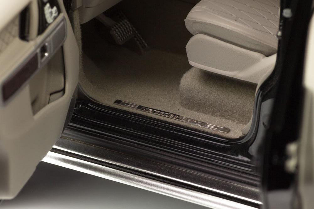 Коллекционная модель Mercedes-Benz W463 G-CLASS II UPLIFTING 2019 EMERALD GREEN METALLIC