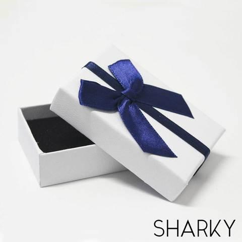 Подарочная белая коробочка с синим бантом / Подарочная упаковка Отрадное