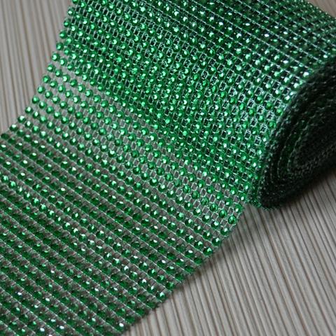 Стразовое полотно. Зелень.