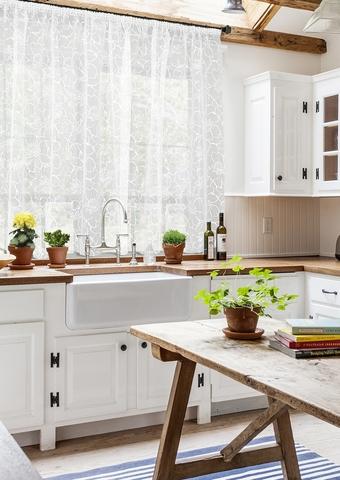 Готовая штора для кухни органза деворе Лилилья белый